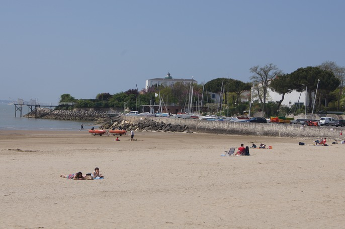 "One end of an expansive beach.  ""Campsite Bois Soleil  France - Poitou-Charentes - St Georges de Didonne"""