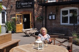 The Moody Cow Restaurant in Upton Bishop; a beautiful lunch on a very hot day