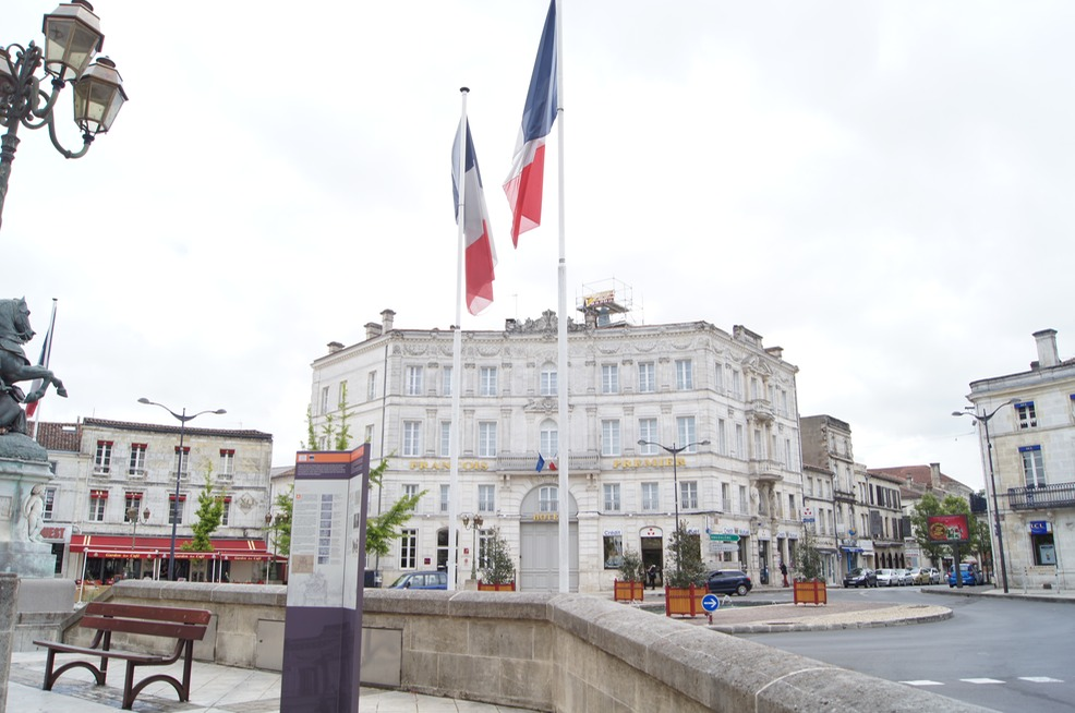 Another view of Cognac