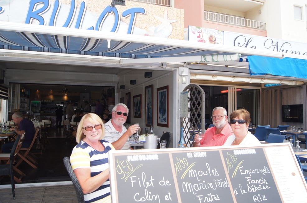 A Leisurely Lunch at Le Vieux Port, Agde